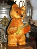 Mechanical wind up bear ca 1970-s