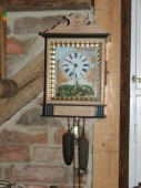 Antique wall clock / does not run