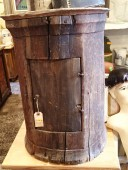 Rustic , ONE-PECE-OF-WOOD HANGING CUPBOARD